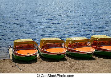 pédale, bateaux, dans, a, rang, à, les,...