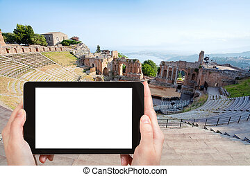 tourist photographs of Teatro Greco, Taormina - travel...