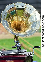 wind up gramophone player - Vintage wind up gramophone...