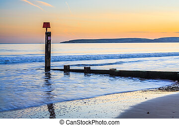 Bournemouth Beach Sunset orset - Groyne on Bournemouth Beach...