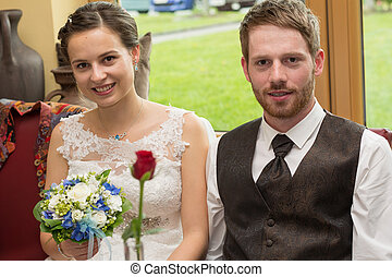 romantic wedding couple - junges romantisches Brautpaar...