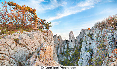 Amazing cliffs of Crimea, Ukraine - Cliffs of Ay-Petri...