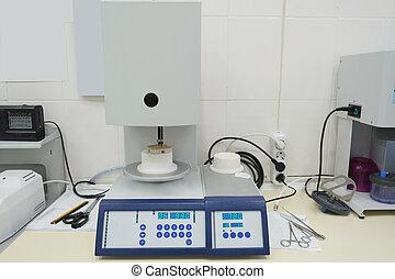 Denture equipment.