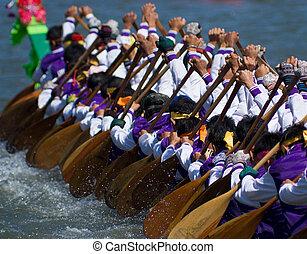Longboat racing in Thailand - Longboat racing in Pattaya,...