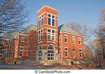 Building on a college campus in Indiana - Detchon Center for...