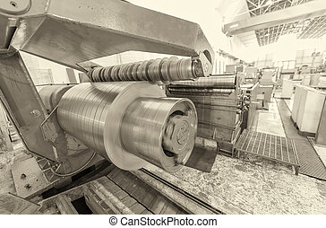 Industrial machine for steel cutting
