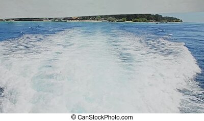 Island Hopping on motor boat - Tropical Island Hopping near...