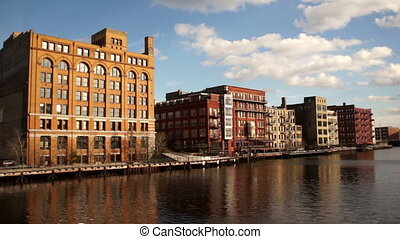Menomonee River Canal Downtown City Landscape Milwaukee -...