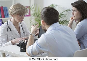pareja, y, médico, consulta,