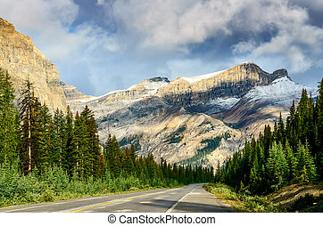 Scenic view of the road on Icefields parkway, Canadian Rockies