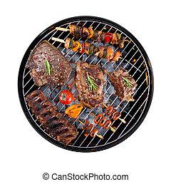 barbecue, griglia, con, carne, su, bianco, fondo,