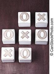 tic-tac-toe - a Tic-tac-toe on wooden cubes