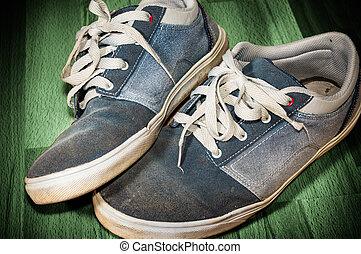 sapatos, chão