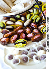 Confectionery with almond paste and dried fruit