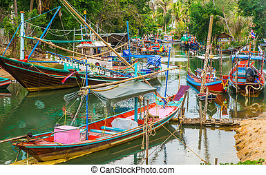 Traditional tai fishing boats