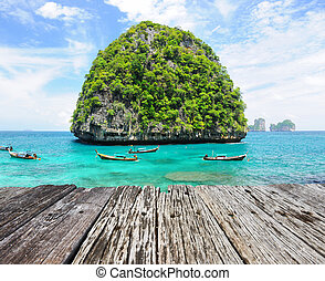 Uninhabited island - Beautiful uninhabited island in...