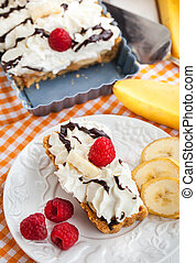 Banoffee pie banana and toffee tart - Banoffee pie banana...
