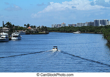 Boating in Fort Lauderdale, Florida