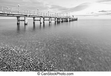 Monochrome image of the pier.