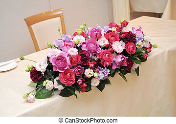 Flower arranging, brilliant flower arrangements that...
