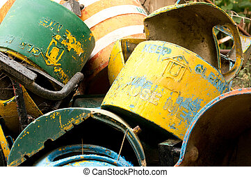 Unused metal garbage cans dumped - Dump of unused metal...