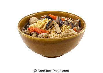 Noodles in bowl with vegatables and
