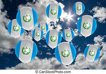 Muchos, Globos, con, guatemala, bandera, en, cielo,