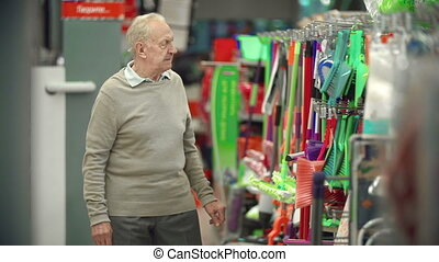 Embarrassing Richness - Front view of elderly man...