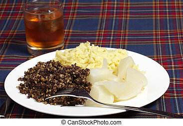 Haggis meal and whisky - Haggis, turnips, mashed potatoes...