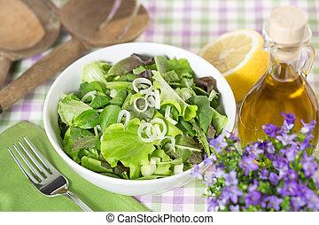 green salad and seasoning