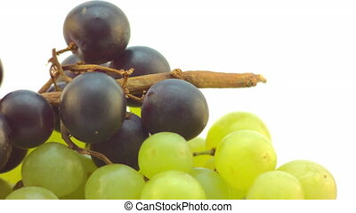 Slow spin of a cluster of Grapes