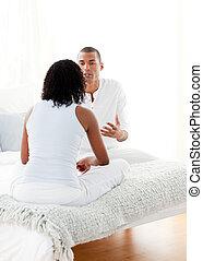 Afro-américain, couple, conversation