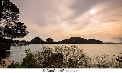Beautiful sea around the Khao Tapu Island - Natural...