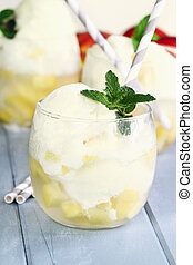 PEACHES AND CREAM FLOAT - A refreshing float made with...
