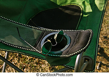 Camp chair and roung glasses - Camp chair and green roung...