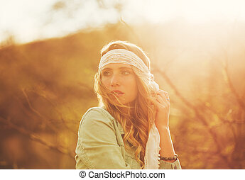 Fashion, Young Woman Outdoors at Sunset