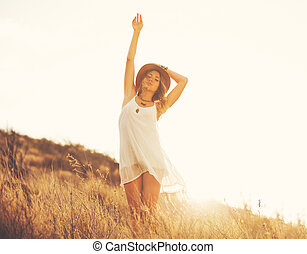 Fashion Woman Outdoors at Sunset - Fashion Lifestyle,...