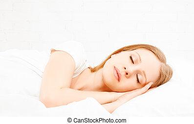 saudável, jovem, bonito, mulher, dormir, em, branca,...