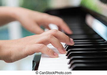 fim, cima, de, mulher, mãos, tocando, piano,