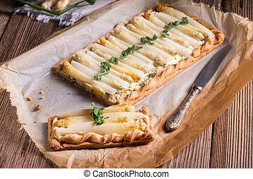 Asparagus tart with feta cheese