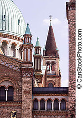 Kirche - Teilansicht einer Kirche