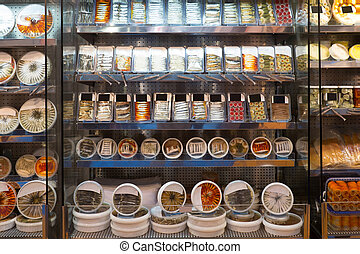 Showcases for sea foods articles in the store - Showcases...