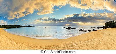 Masoala Madagascar panorama - Beautiful 180 degree panorama...
