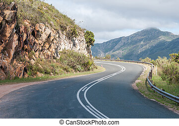 Robinson Pass between Mosselbay and Oudtshoorn - Robinson...