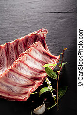 Raw Spare Ribs with Fresh Herbs