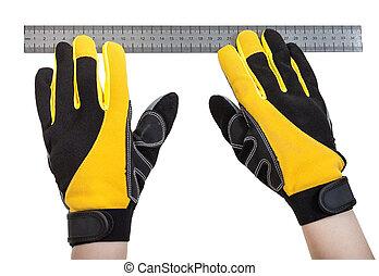 constructor, Manos, en, guantes, con, regla,