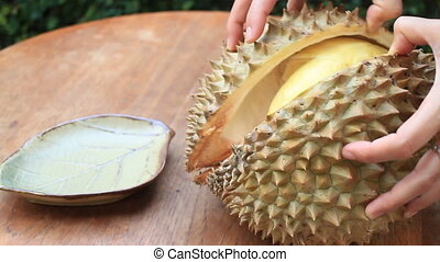 Easy Serving Thai Durian Fruit, Stock Video