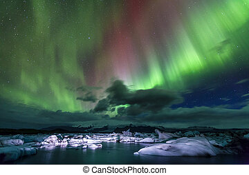Northern lights - Aurora borealis over Jokulsarlon lagoon in...