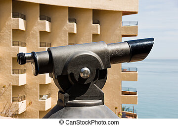 monocular seeing sea