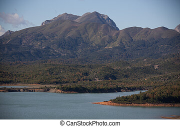dam of Erraguen in the Tell Atlas - mountains above the dam...